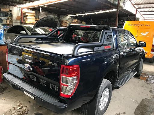 Nắp thùng cuộn Ford Ranger